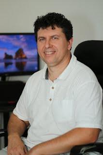Tóth Csaba PR és stratégiai tanácsadó